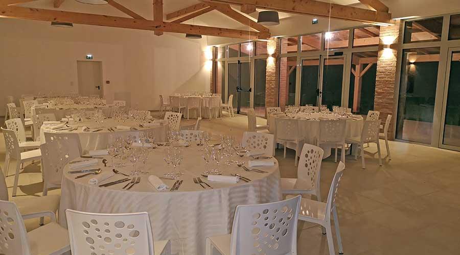 Salle de réception pour 130 personnes